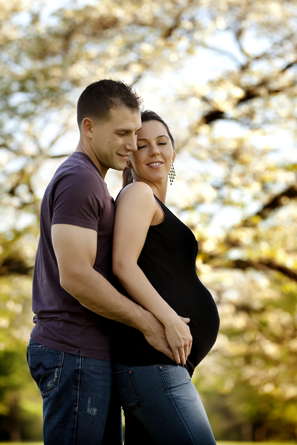 maternity portraits outdoors ma