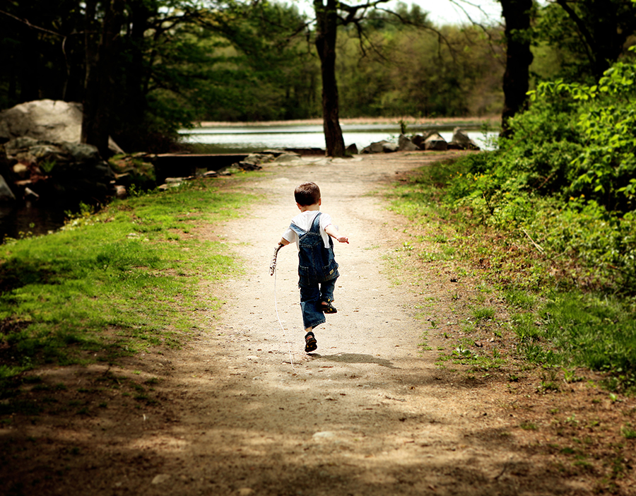 Swift_walking_child_004